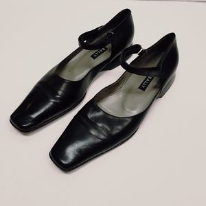 BALLY VINTAGE  LEATHER FLATS